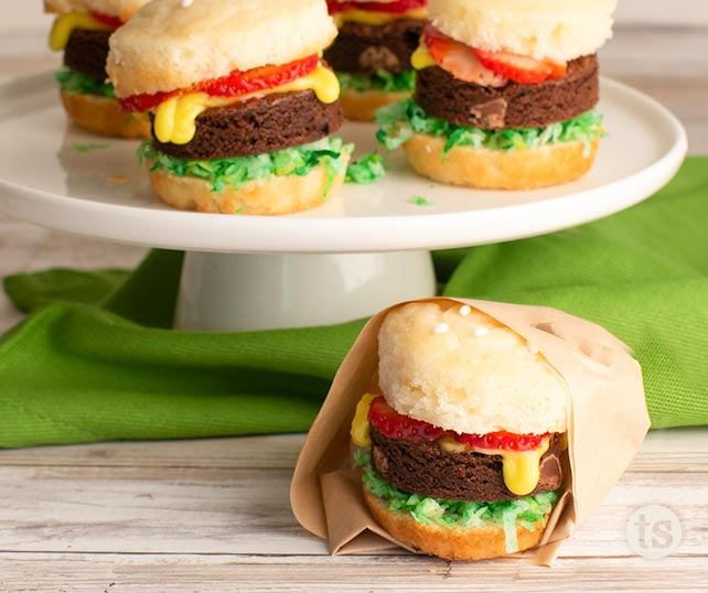 Dessert Burger Cupcakes Blog Post | Tastefully Simple