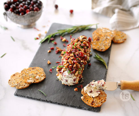 holiday cranberry cheese log | Tastefully Simple