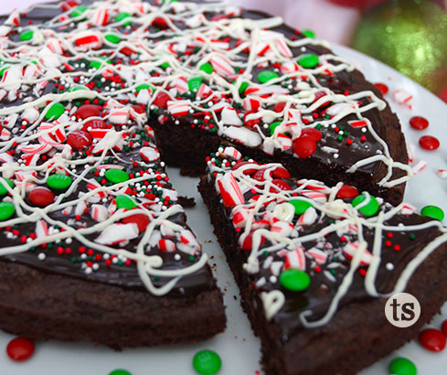 Holiday Peppermint Dessert Pizza