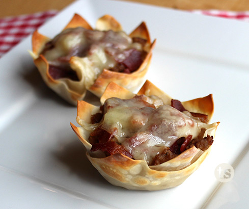Tropical Teriyaki Turkey Wonton Cups